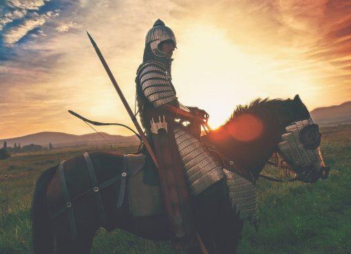 Jechal konno przez skazone koronawirusem Kielce