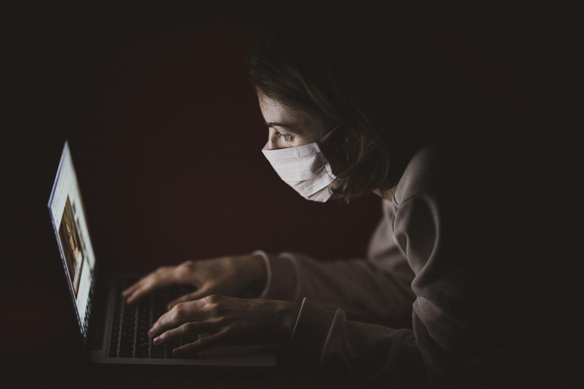 USA konfiskuje maski
