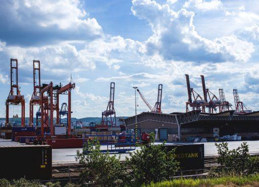 Najwiekszy statek w porcie w Gdyni